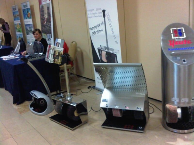 Zestawienie maszyn do czyszczenia obuwia